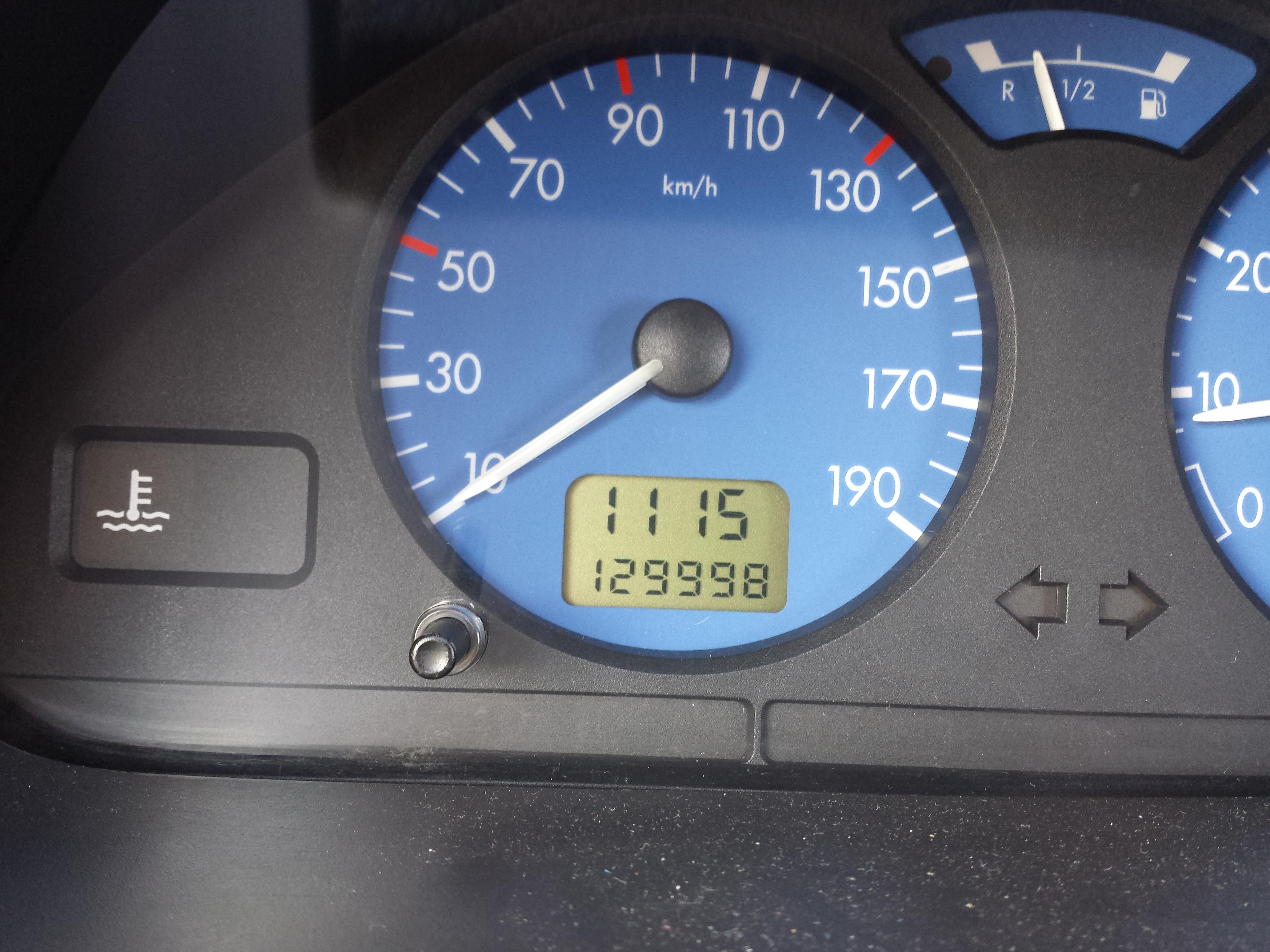 129998 kilometres saxo