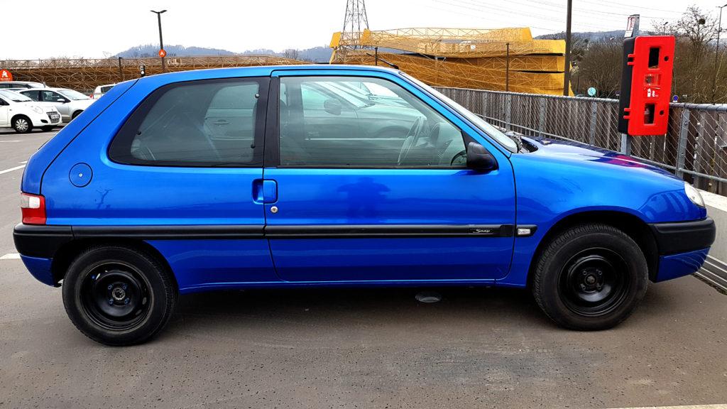 citroen_saxo_exterieur_4 Citroën saxo porte pneu vitre custode